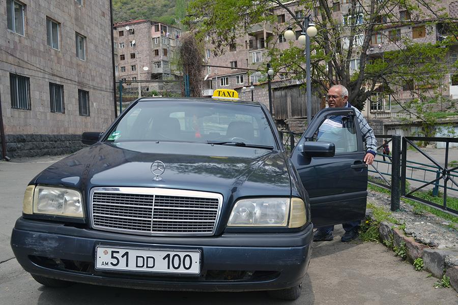 Oleg Mejlumyan taxi