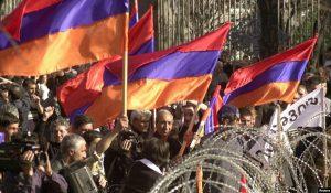 protest Yerevan 2003