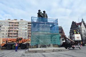 """Dismantling of the monument """"Two Ivan"""" Poland"""