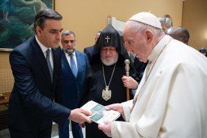 Pope Francis & Arman tatoyan